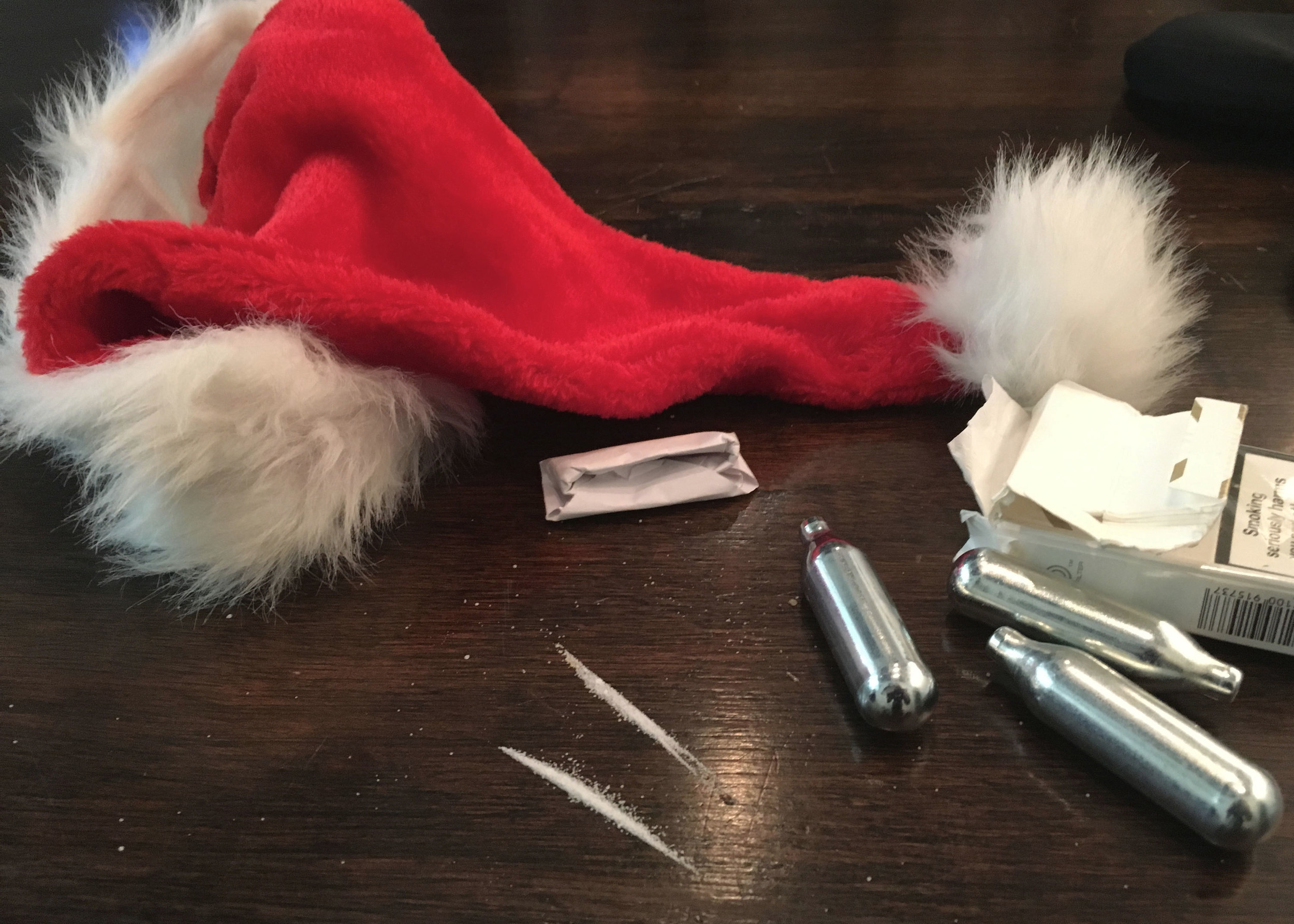 What It's Like Being a Problematic Drug User at Christmas - VICE