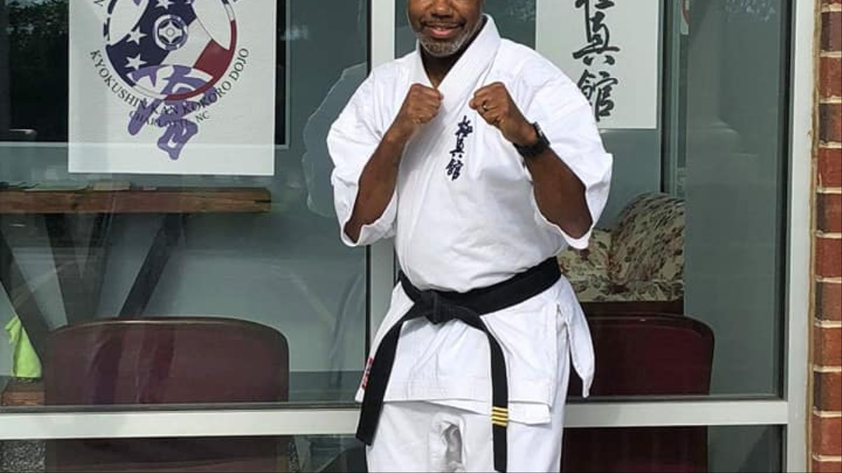 Alleged Kidnapper Chases Woman into Karate Dojo, Gets Ass Royally Whooped.