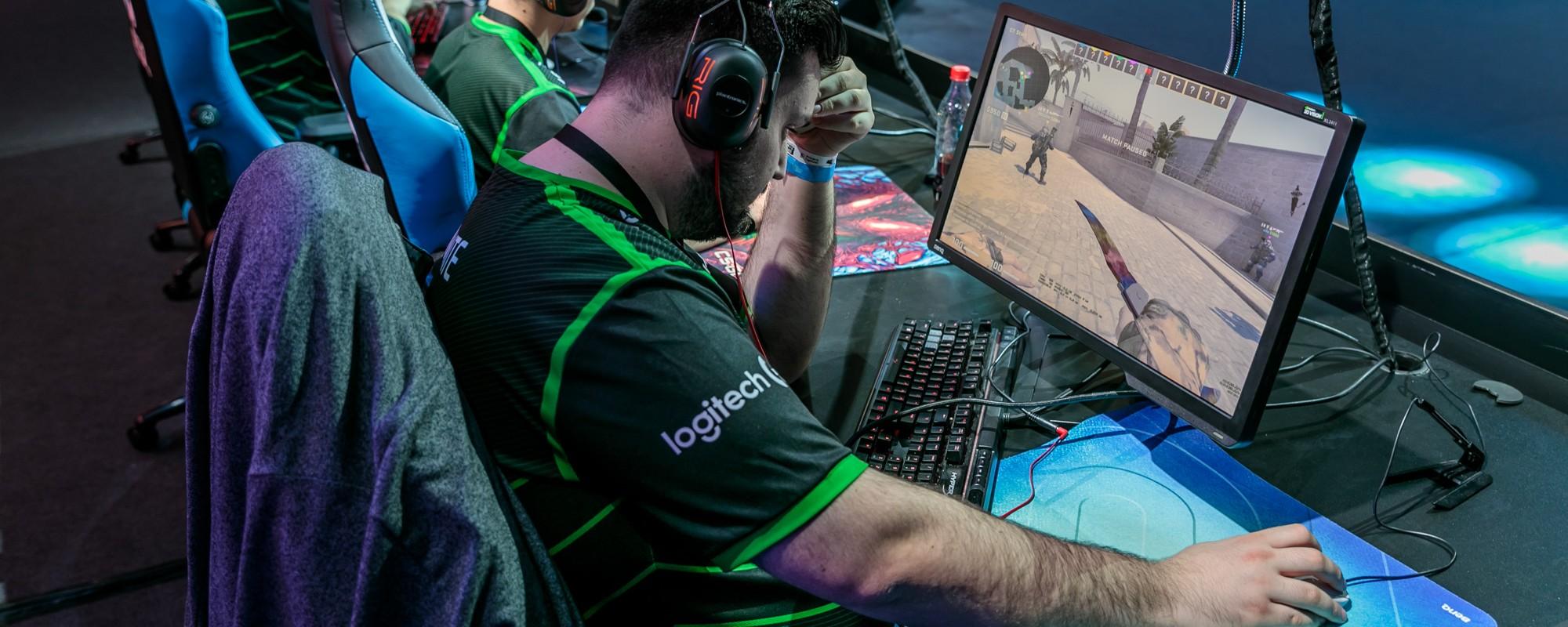 Doi gameri mi-au spus de ce-n România nu te poți îmbogăți din Counter-Strike