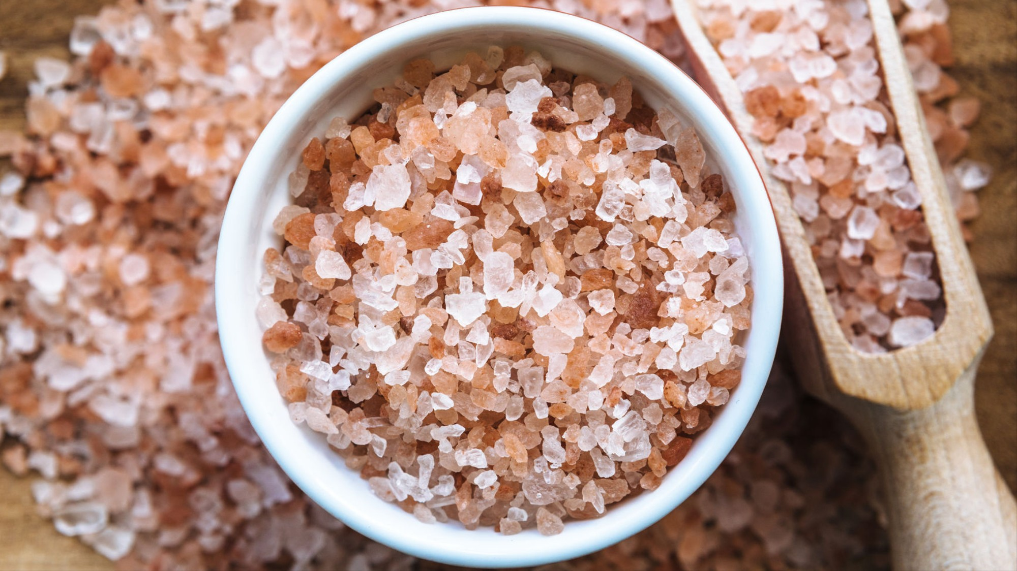 Pink Himalayan Salt Isn't Good For You, It's Waste of Money