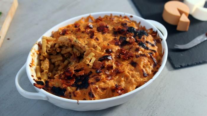 """Diese vegane Mac'n'Cheese-Variante mit """"Speck"""" überzeugt auch Fleischesser"""