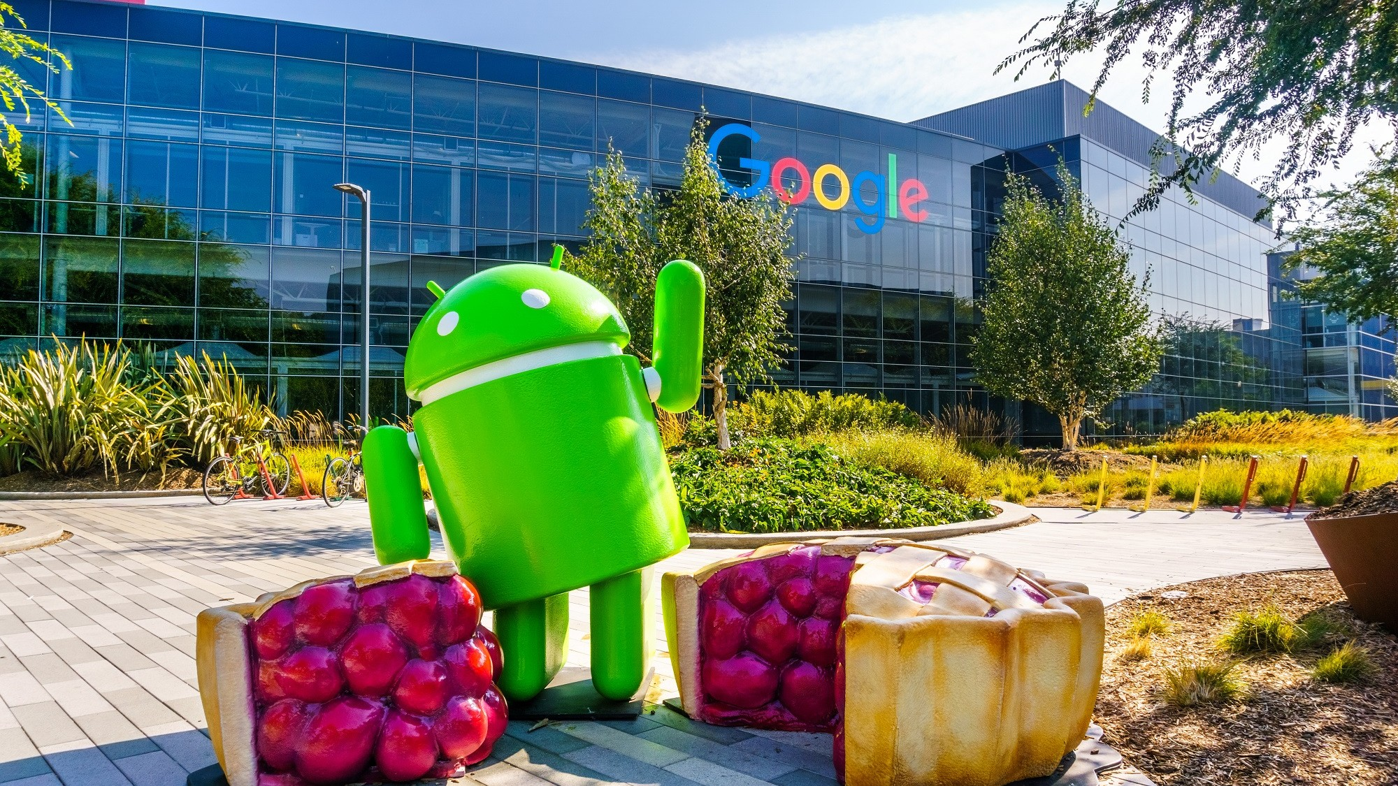 Head of Android Security Says Locking Out Law Enforcement Is