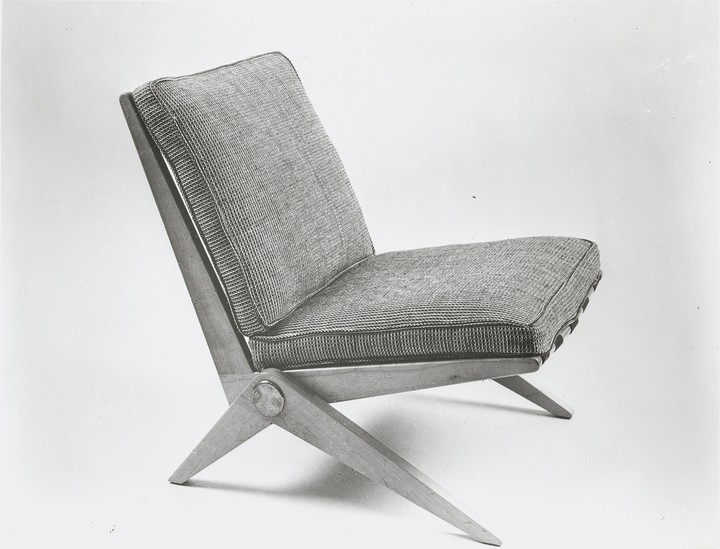Sitting Pretty: The Grail-Level Chair That Looks Like a Pair of Damn Scissors