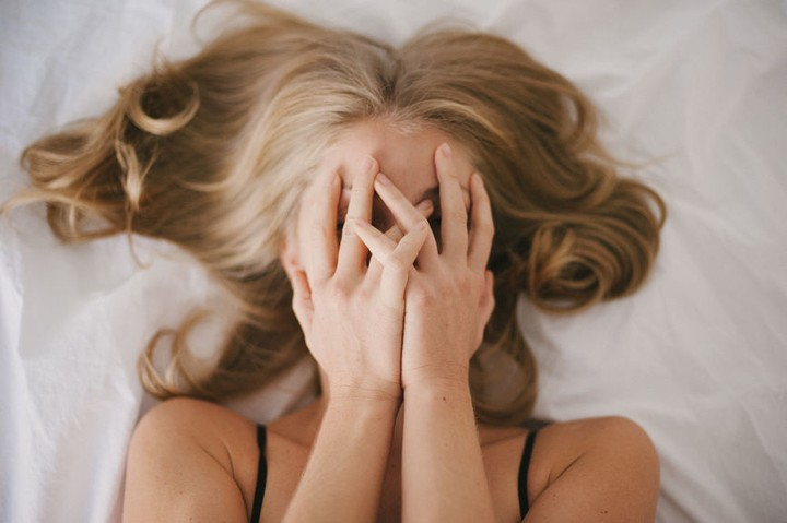 Orgasmes prématurés féminins : Des femmes qui jouissent trop vite expliquent comment retarder l'orgasme - VICE