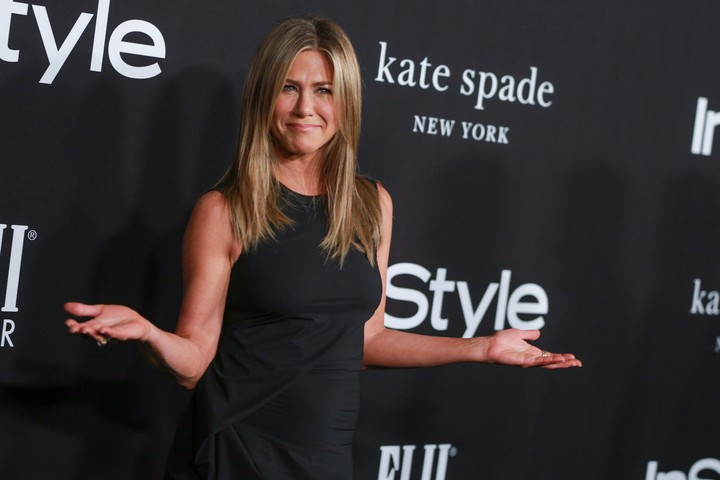 'Jennifer Aniston's Used Book Sale' Imagines The Tabloid Queen's Library