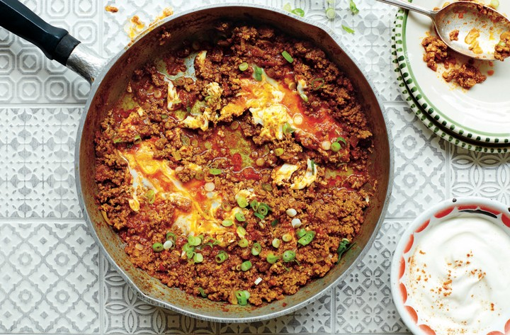 Spiced Beef with Eggs and Spring Onions (Vaavishkaa) - VICE