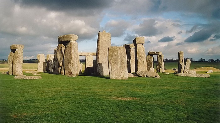 Want to Know Who Partied at Stonehenge? Look at the Pig Bones