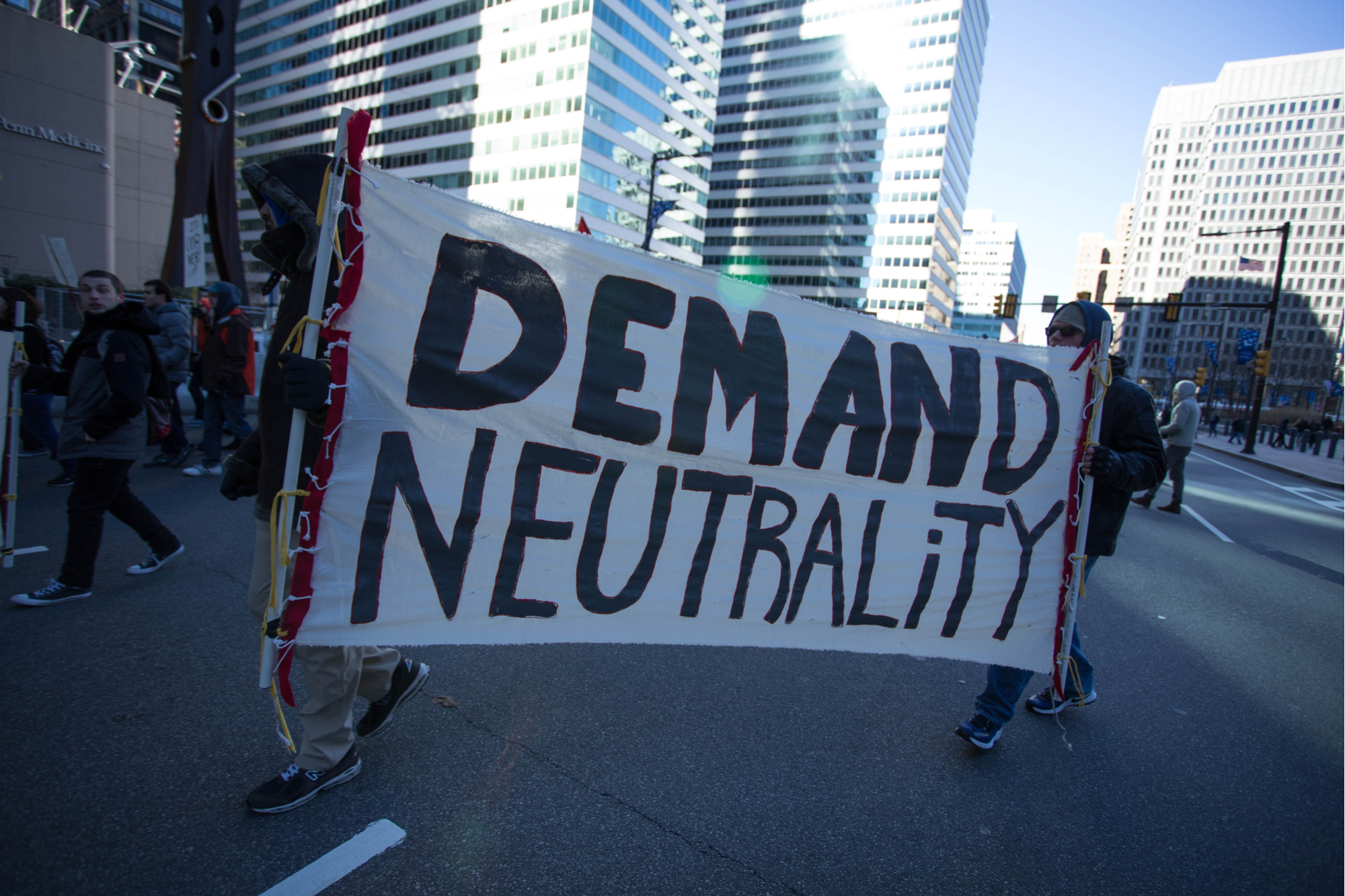 vice.com - Karl Bode - Some Democrats Are Ready to Water Down Their Own Net Neutrality Bill