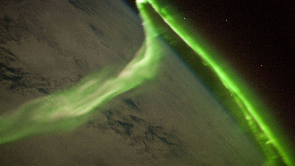 Weekend Solar Storm May Create Auroras As Far South As Vancouver and NYC