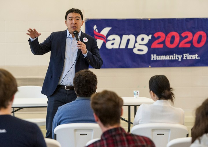 All 76 of Andrew Yang's Policies Ranked from 'Regular' to 'Science Fiction' - VICE