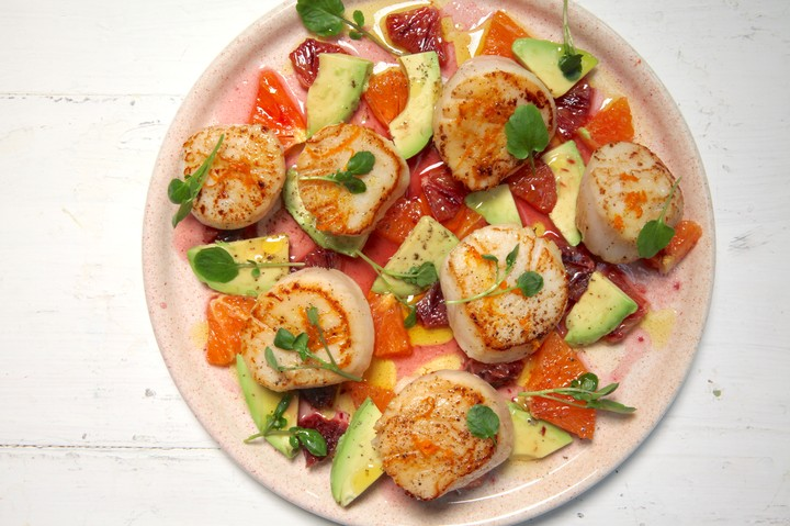 Seared Scallops with Oranges and Avocados Recipe - VICE