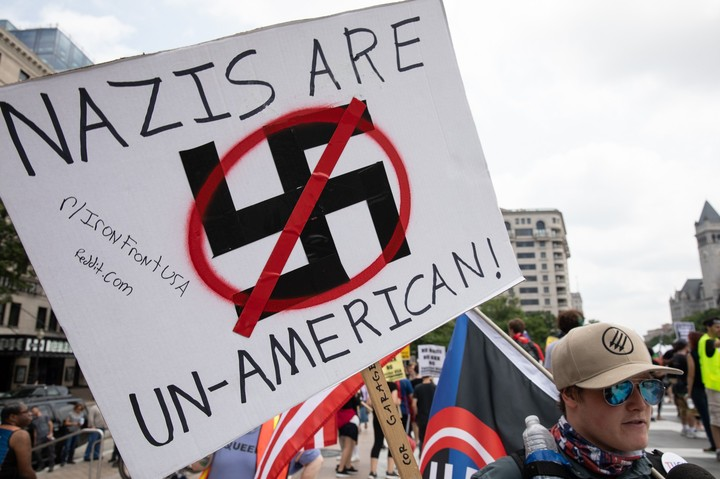 Web Hosting Companies Shut Down a Series of Neo-Nazi Websites