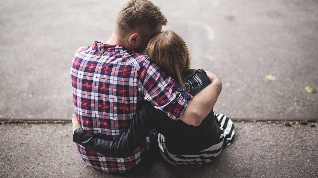 Intalnire cu femeia seropozitiva