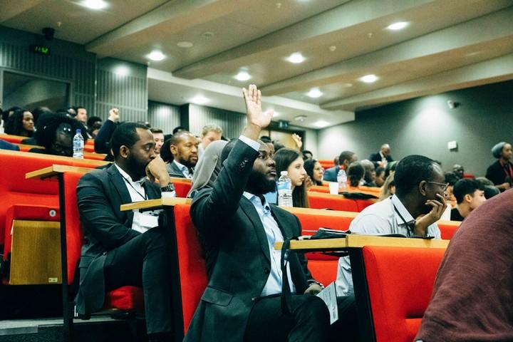 Esse é o jeito certo de falar sobre o desenvolvimento da África - VICE