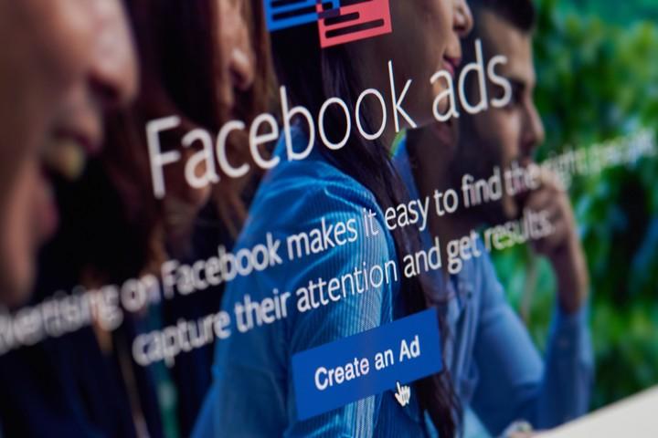 Het advertentie-algoritme van Facebook is discriminerend, volgens onderzoek - VICE