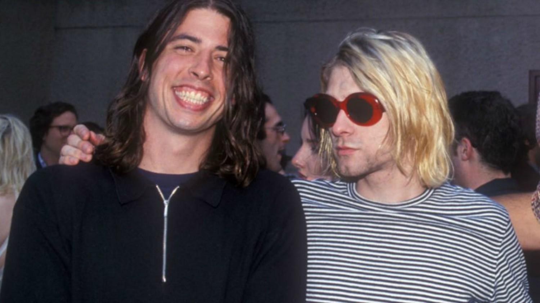 Según el ex-manager de Nirvana, Kurt Cobain le tenía envidia a ...