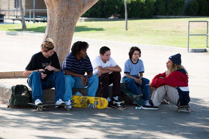 the 90s skate looks and brands that inspired jonah hill's 'mid90s'