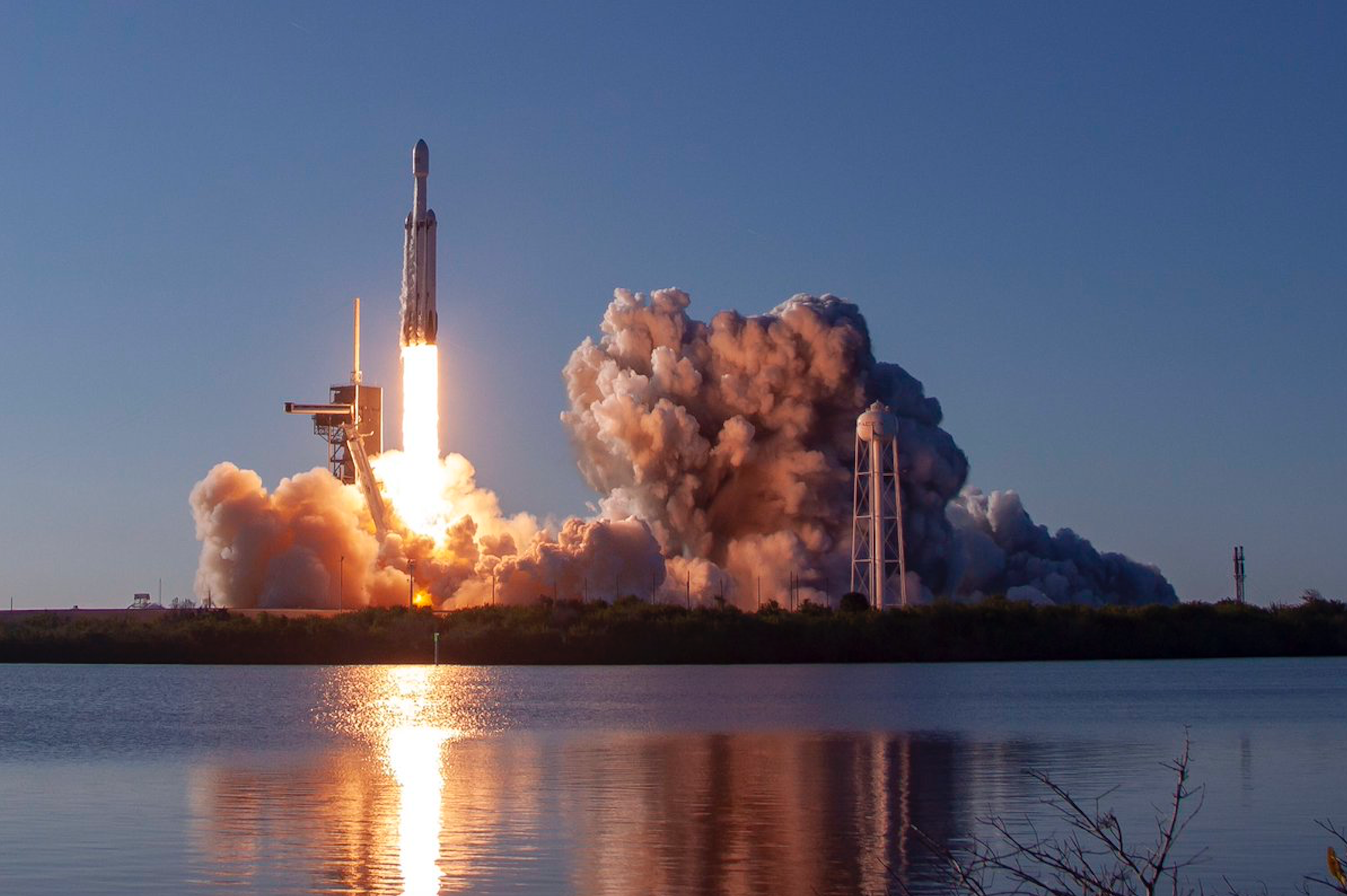 Watch SpaceX Land Three Falcon Boosters for the First Time