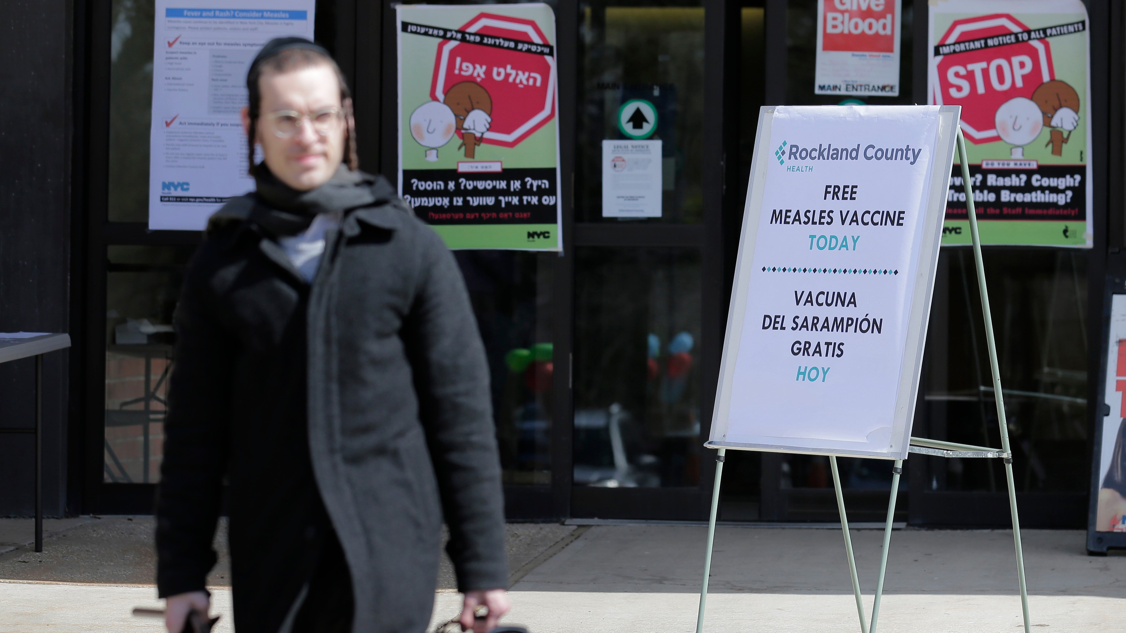 NY threatens to fine people with measles