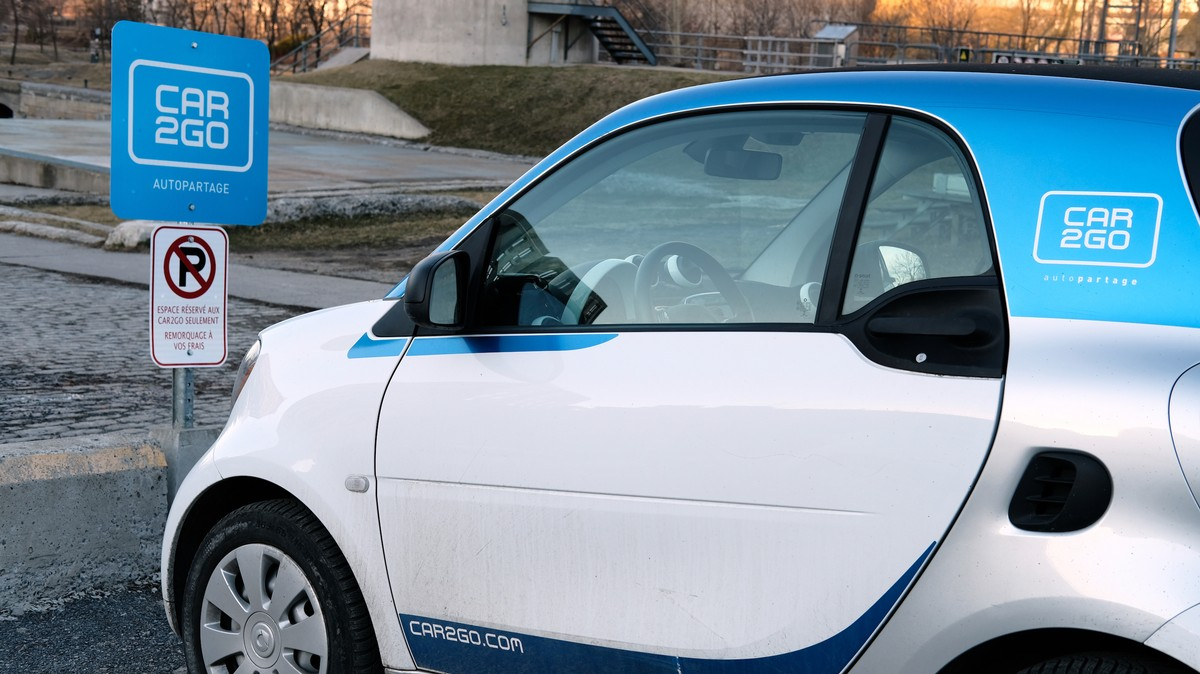 Thieves Somehow Stole 100 Car2go Cars In Chicago Essentials