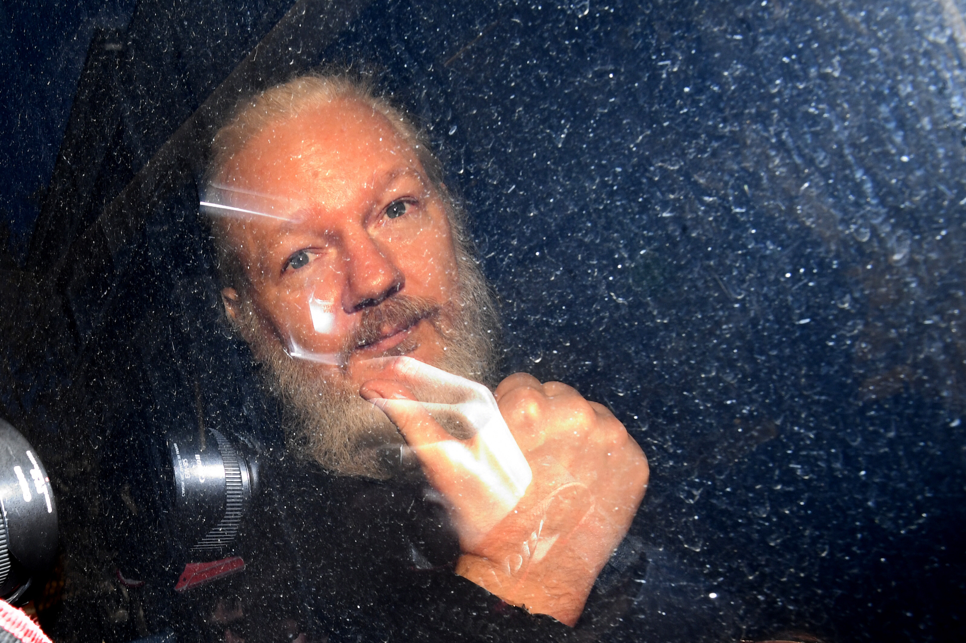 Mueller: Assange worked with the Russians because he thought Hillary was a 'sociopath'