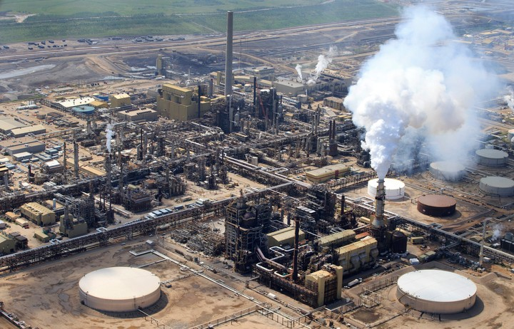 Canadian Oil Companies Might Be Emitting Way More Than Reported