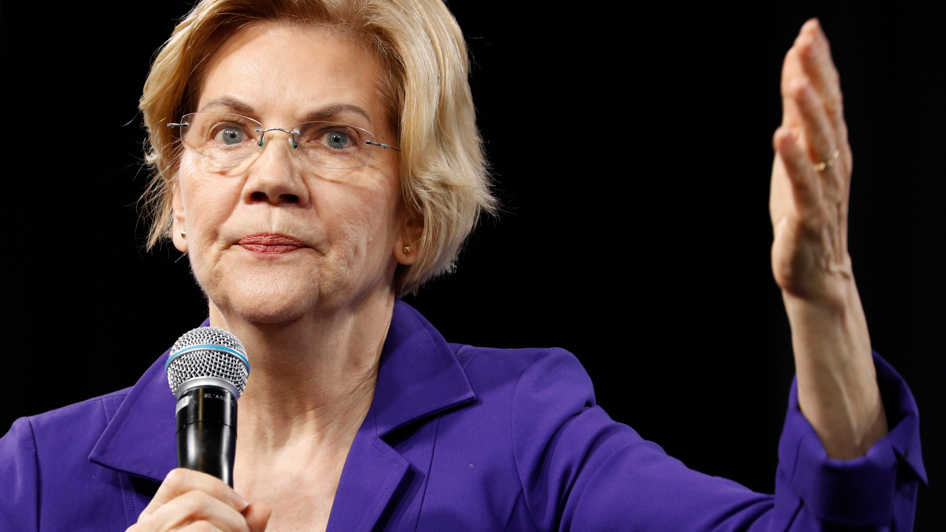 Chase doesn't get why customers aren't saving money. Elizabeth Warren has an answer.