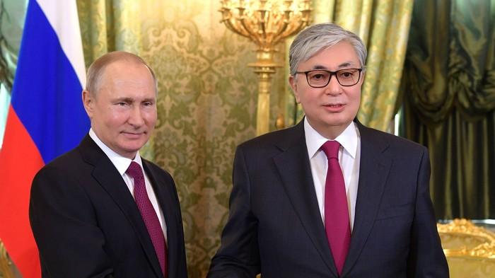 Le président du Kazakhstan devrait sans doute se calmer sur le Photoshop