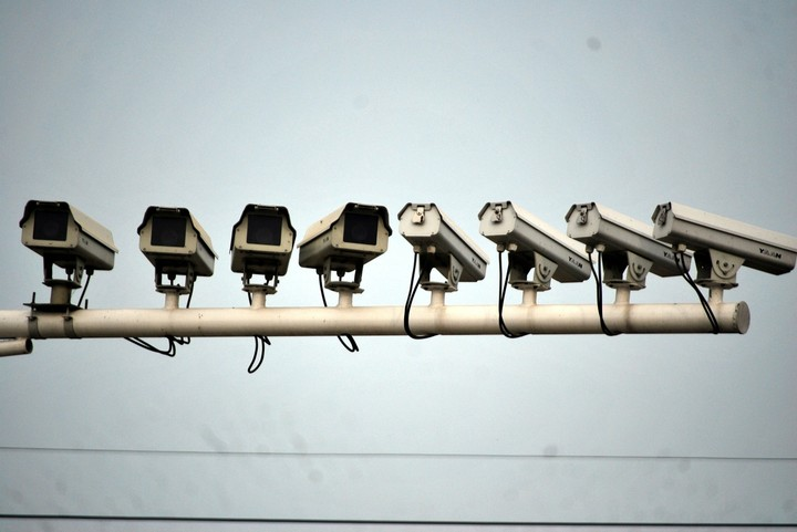 China's Got a New Surveillance Camera That Can Spy on You Even If You're 45km Away