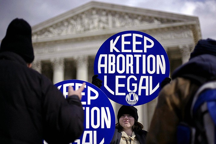 Seven States Will Immediately Ban Abortion If Roe v. Wade Is Overturned - VICE