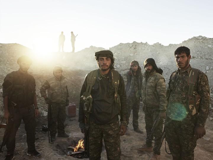 Droit dans les yeux avec les combattants kurdes d'Irak et de Syrie - VICE