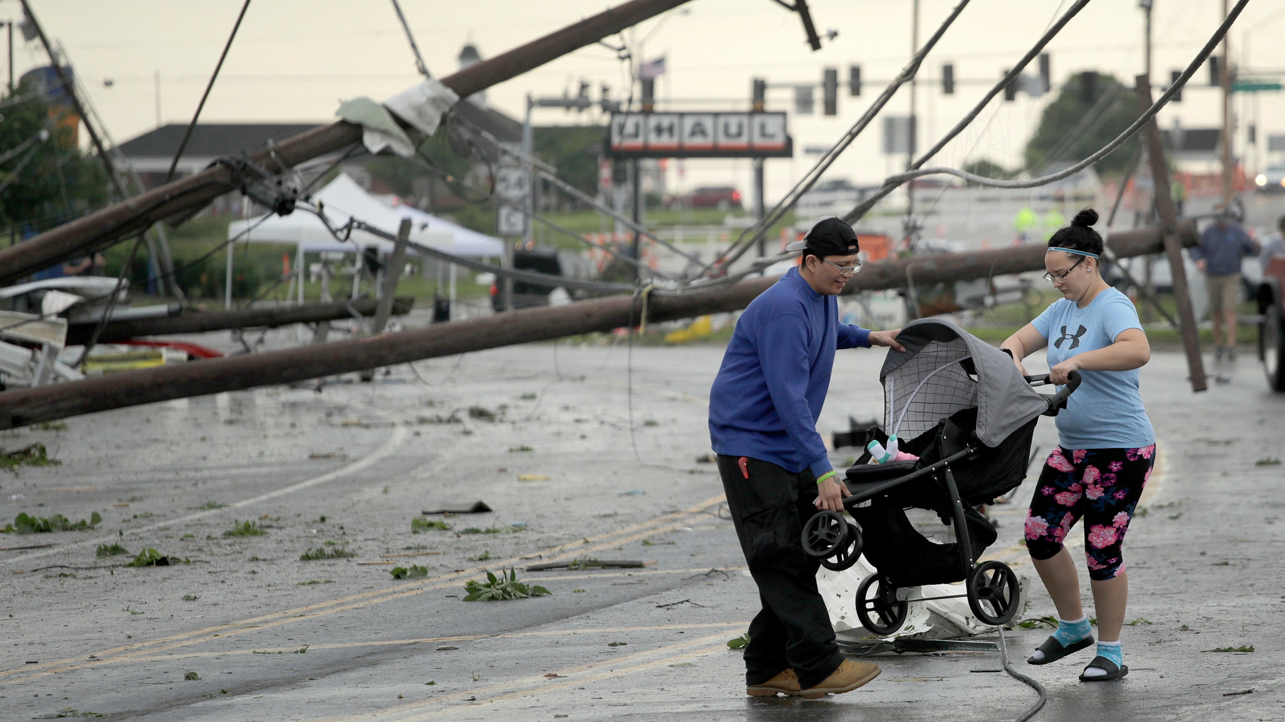 """A """"Wedge"""" Tornado In Missouri Tore Buildings Apart: """"We Used To Have A Balcony"""""""