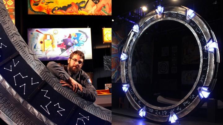Des fans de Stargate ont construit une réplique de la porte des étoiles - VICE