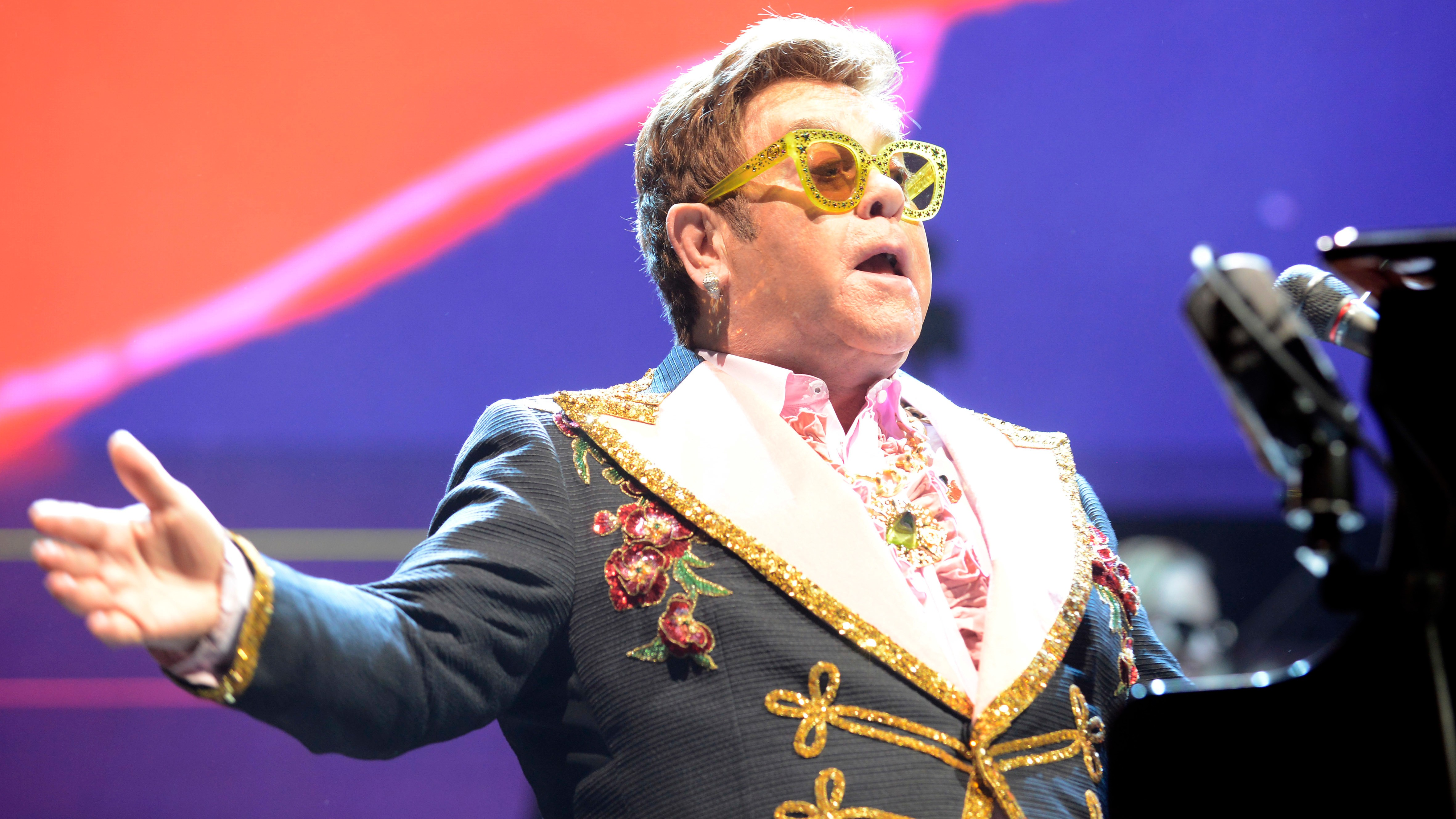 """""""I Am Not a Stupid, Colonial, Imperialist English Idiot"""": Elton John Loses It over Brexit"""