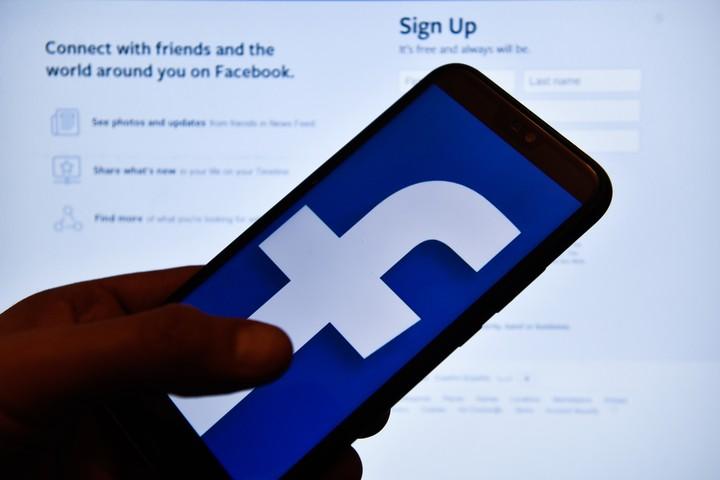 Facebook mudou discretamente uma ferramenta de busca usada por investigadores, mas abusada por empresas - VICE