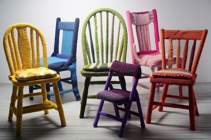 Sitting Pretty: These Yarn-Bombed Chairs Are Infused With Joy - GARAGE