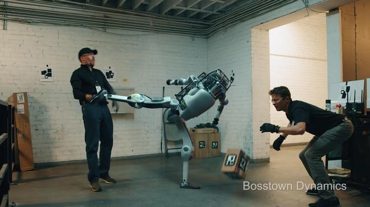 Fiktives Video: Dieser Kampfroboter rächt sich an seinen Erfindern - VICE