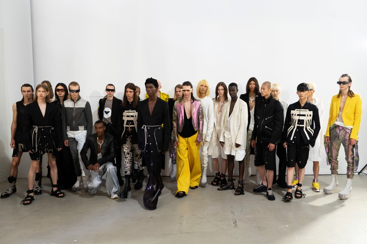 Rick Owens unveils a Mexican inspired S/S20 menswear collection - i-D
