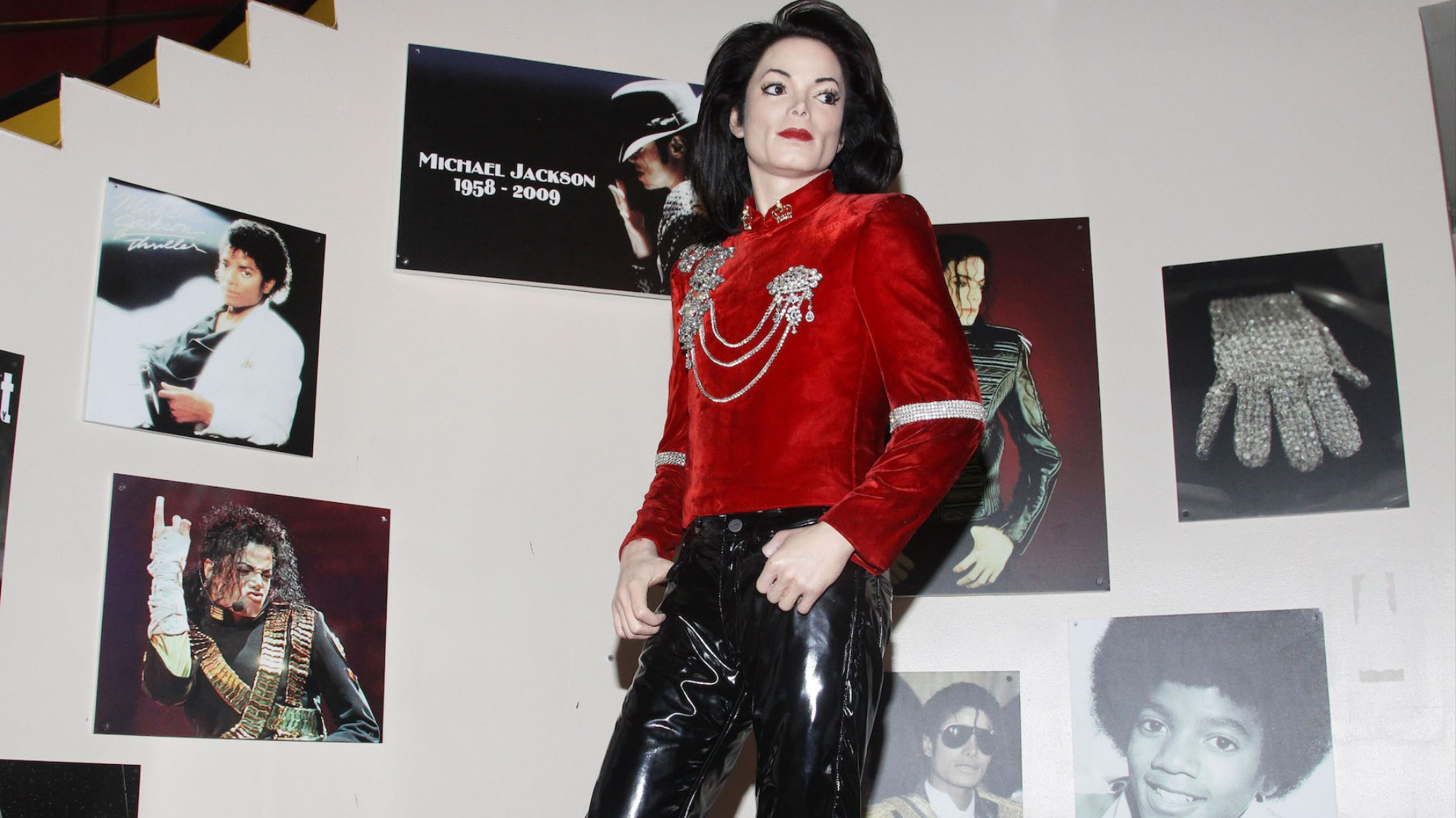 Is Michael Jackson Still Alive? These Fans Think So