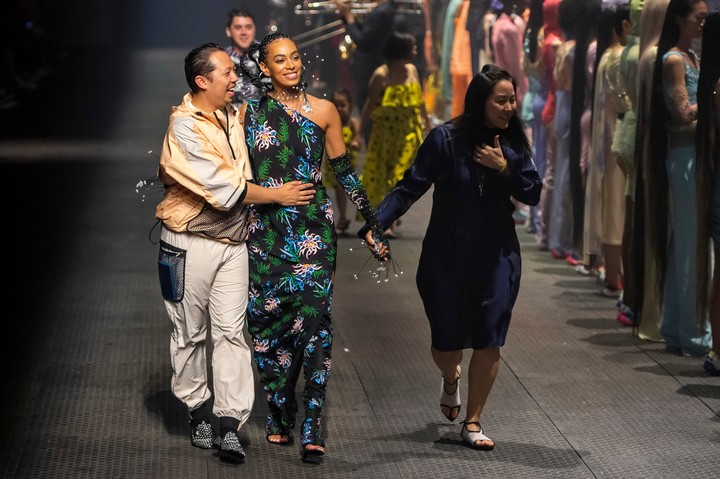 Solange performed at Humberto Leon and Carol Lim's epic last Kenzo show - i-D