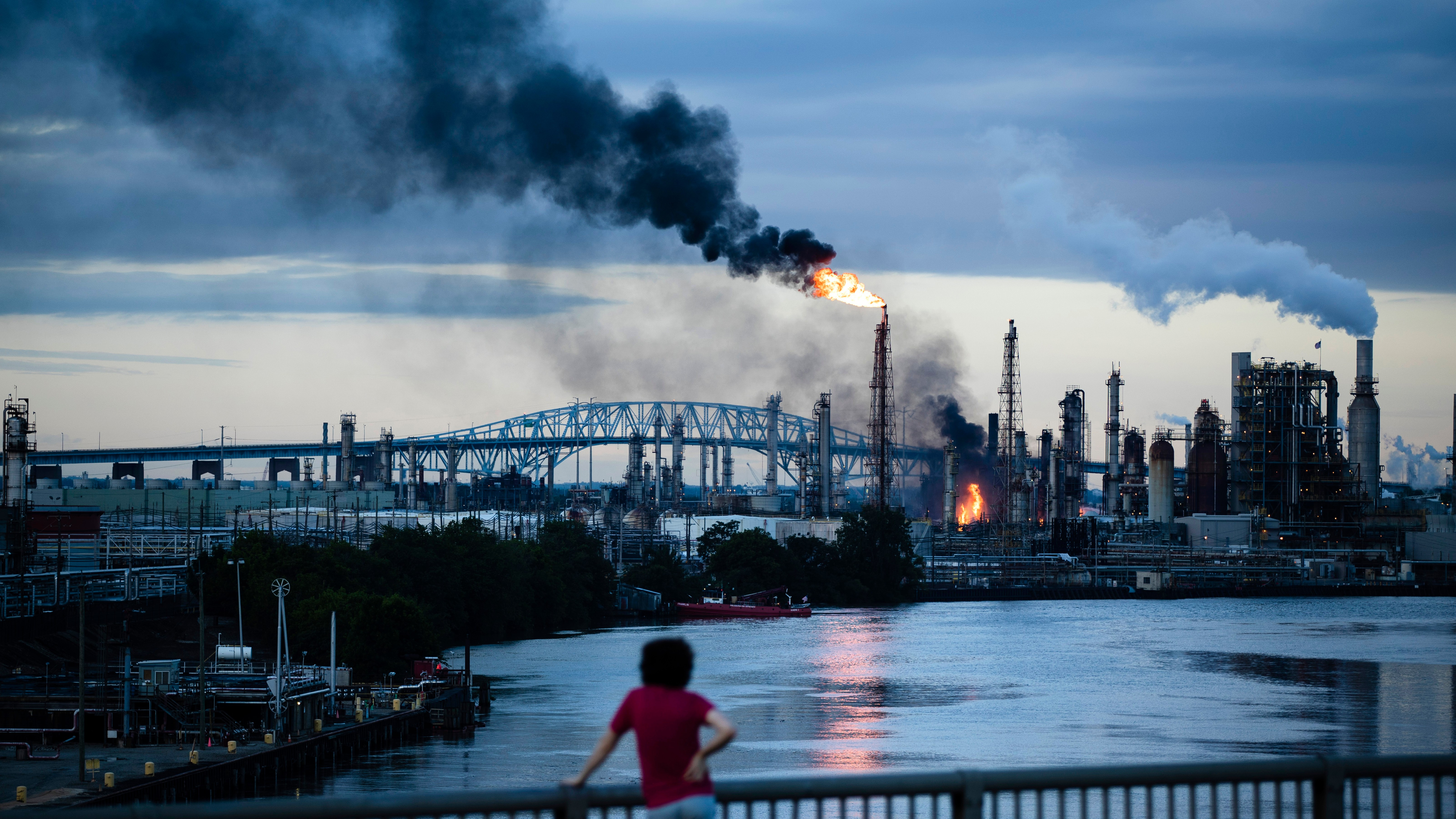 The Philly Oil Refinery That Blew Up Last Week Is Closing