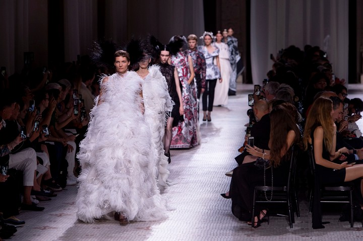 Givenchy couture gives old world glamour an anarchic twist - i-D