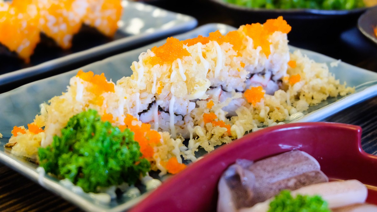 The Tempura Flakes on Sushi Rolls Are Spontaneously Combusting and Starting Fires