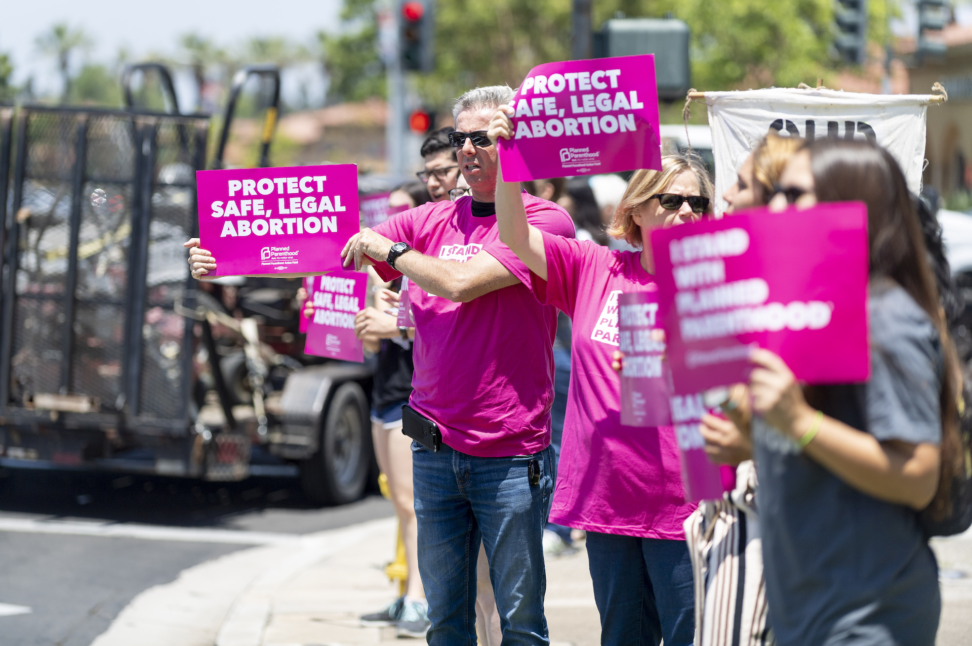Trump Administration Just Gave Clinics Until September to Prove They're Not Referring Women for Abortions