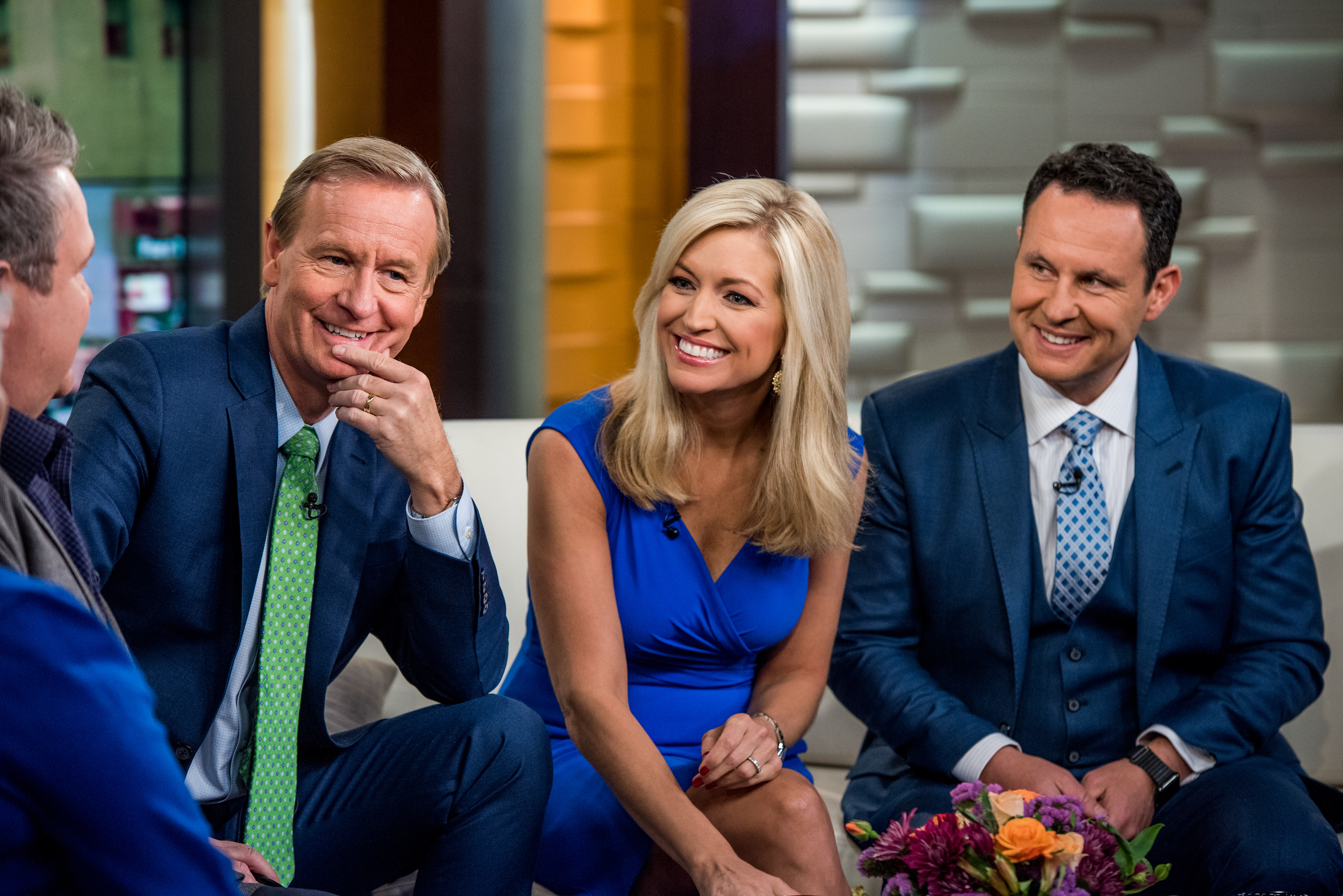 'Fox & Friends' Hosts Think Minimum Wage Fast Food Workers Should Stop Complaining - VICE