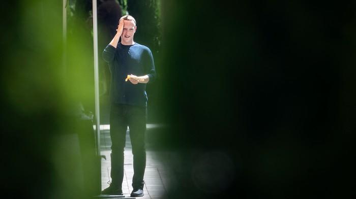 Facebook's New Chatbot Is Unsure if Mark Zuckerberg Is a Murderer