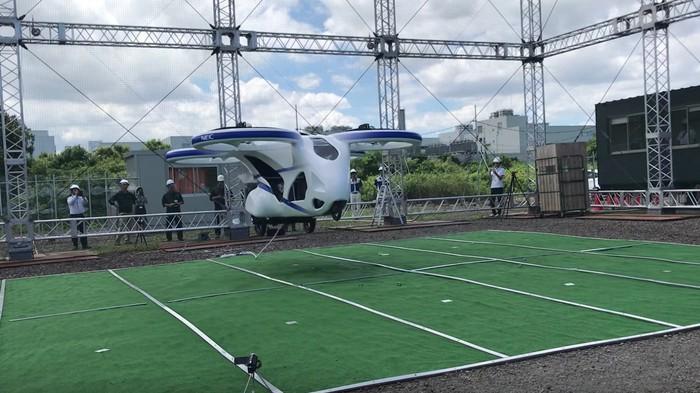 Le Japon a construit une voiture volante qui fonctionne vraiment