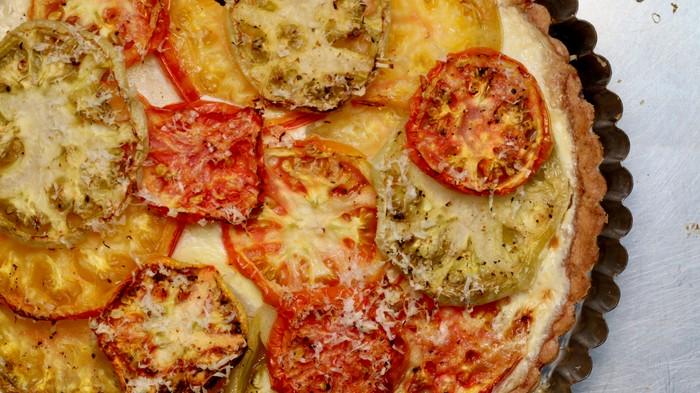 Easy Heirloom Tomato Pie Recipe