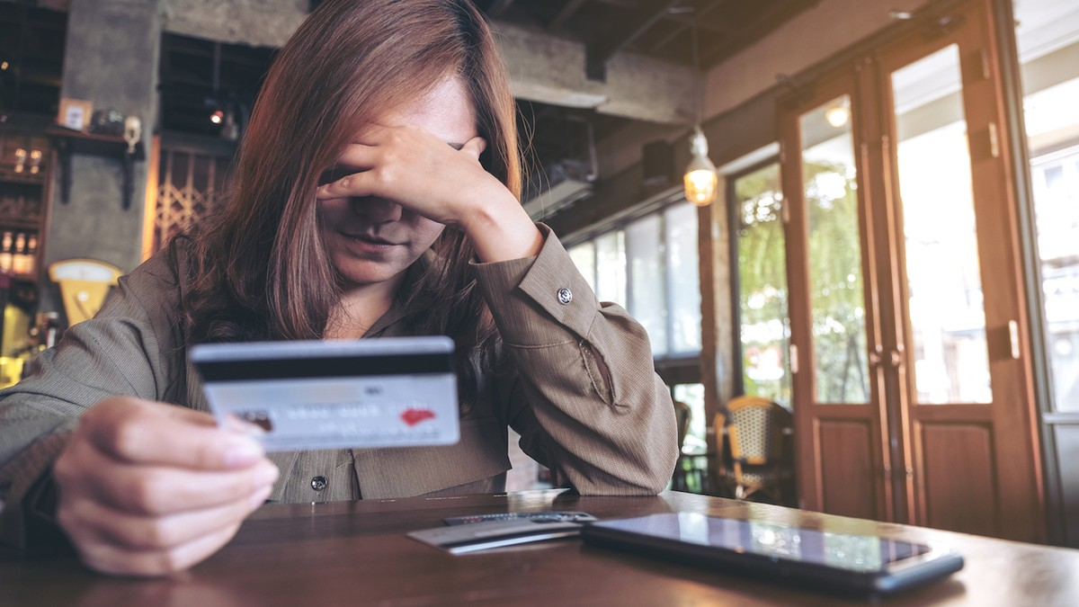 Credit Card Minimum Payments Are a Trap Designed to Keep You in Debt