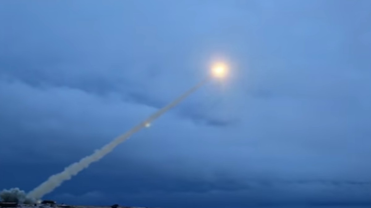 """Everything We Know About Russia's Nuclear """"Skyfall"""" Missile and That Mysterious Explosion"""